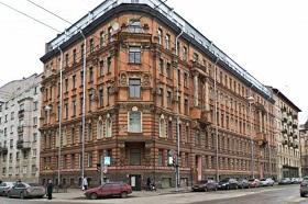 Как арендовать жилье в Санкт-Петербурге